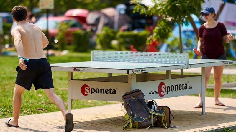 Ping-pong a kempingben