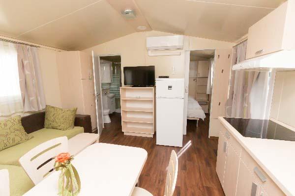 mirabella_camping_eurocomfort_mobilhaz_konyha