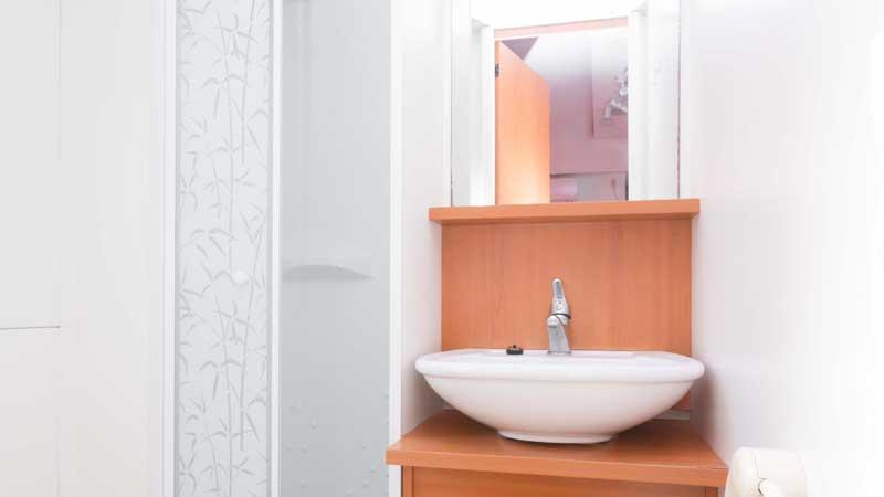 Szállás Sun Cool mobilház fürdőszoba